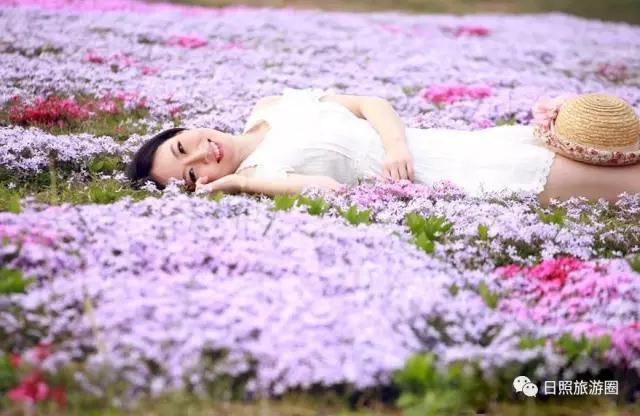 携一缕浅夏的芬芳,花仙子风景区那千姿百态的奇花异草也都竞相妖娆